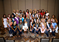 MISS Finalists meet Miss America 2017